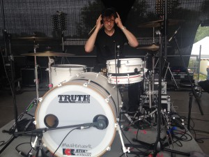 Andy verabschiedet sich von den Drums......